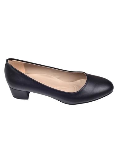 Ayakland Ayakland Alens 222 Büyük Numara 3 Cm Topuk Bayan Cilt Ayakkabı Siyah